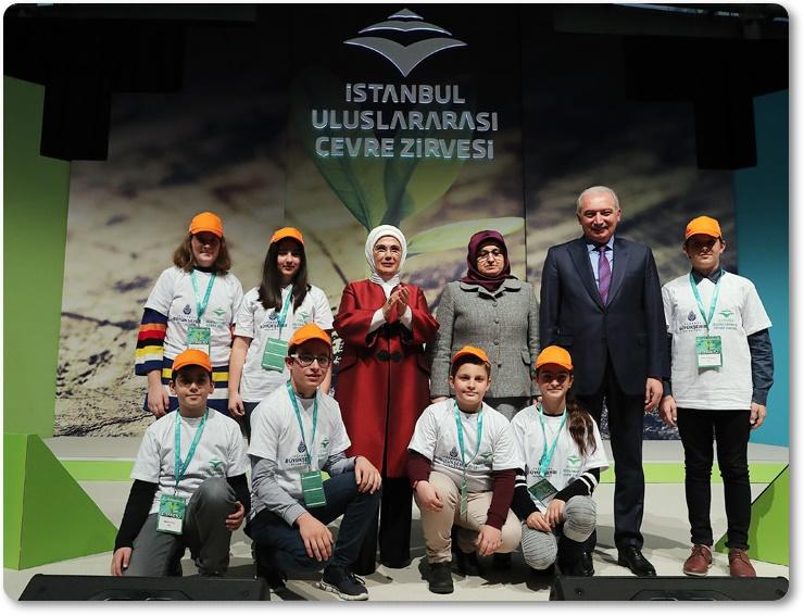 """Emine Erdoğan: """"Bugünümüzden olduğu kadar gelecek nesillerin yaşam kalitesinden de sorumluyuz"""""""