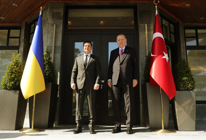 Cumhurbaşkanı Erdoğan, Ukrayna Devlet Başkanı Zelenskiy ile ortak basın toplantısı düzenledi